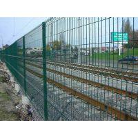铁路护栏网厂宇琦护栏网厂公路护栏网生产厂家
