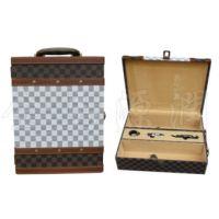 格子精品双支皮酒盒(酒盒现货,酒桶,松木酒盒)
