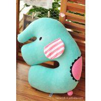 厂家直销日本忧伤马戏团 薄荷绿大象毛绒公仔靠垫 卡通U型护颈枕