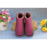 冬天穿什么鞋子保暖哪里批发棉鞋价格底拿货好厂家江西瑞昌进万家鞋业贸易