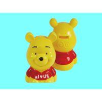 塑胶存钱罐 创意黄色小熊储蓄罐 搪胶公仔存钱箱 出口礼品玩具