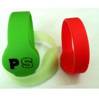 RFID硅胶腕带 硅胶腕带 个性化设计 耐磨防水