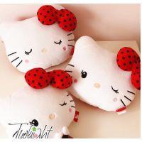 hello kitty车枕 凯蒂猫可爱汽车用品 饰品护颈枕 车枕 头枕