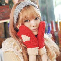 爱心全指手套 韩国时尚可爱毛绒手套 冬季必备拼色保暖手套 53g