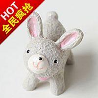 淘宝热卖 树脂工艺品兔女郎摆件 热水袋礼品 暖手袋礼品可定制