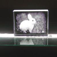 小白兔照片水晶内雕 十二生肖水晶内雕 生日送礼水晶内雕