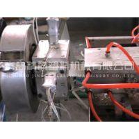 便宜卖用单螺杆挤出机生产PVC阴阳护角条的设备