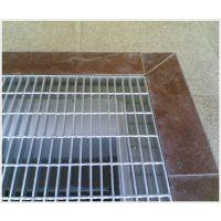 好质量镀锌钢格板(图)、齿状格栅板、格栅板