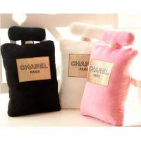批发 创意毛绒香奈儿chanel N5号香水瓶抱枕 烫金小香居家靠垫