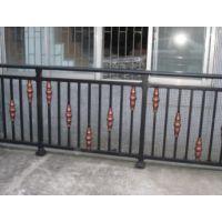 锌钢护栏多少钱一米丨锌钢飘窗护栏