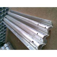 河北宏利集团专业生产销售护栏板及组件,质量保证
