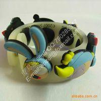 生产欧美滴胶公仔3D手镯,硅橡胶压印,彩色滴胶公仔3D手镯