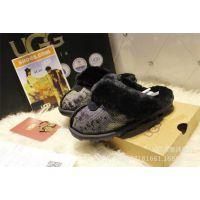 厂家直销时尚大牌加厚蛇纹雪地拖鞋羊皮毛一体家居保暖拖鞋代发