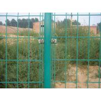 山东地区圈地围栏网多少钱一米,圈地护栏网生产厂家,圈地铁丝网批发价格,圈地绿色防护网规格