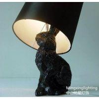 供应兔子树脂创意台灯卧室床头个性儿童房装饰学习卡通动物台灯厂家批发
