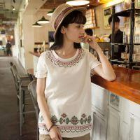 14年森女系秋装新款长袖打底衫领口绣花背后纽扣白色麻棉上衣T恤