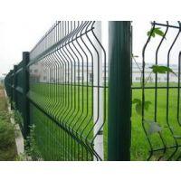供应供应各种护栏网,防护网,电焊网,钢筋网,钢板网,护坡网,隔离栅
