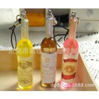 供应pvc饮料瓶手机挂饰、维他命饮料挂件、3D饮料瓶手机吊饰