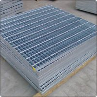提供隔离栅 安全防护网 护栏网 波浪网钢材配件热镀锌服务