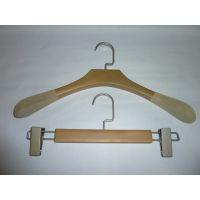 供应订做女装木衣架,定制西装木衣架
