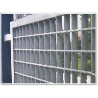 钢格板护栏/格栅板隔离栅/热镀锌隔离栅钢格板专业厂家