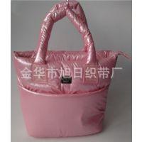 供应春亚纺亮面保暖手提购物袋,防雨绸羽绒服保暖购物袋