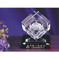 企业单位水晶内雕摆饰 银行定做3D立体内雕 高档水晶内雕摆件