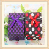 B607新品微店9*9*6圆点手表盒高档紫红挂件首饰盒饰品盒批发特价