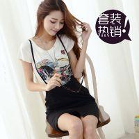 2014春夏新款韩国首发马年图案短袖T恤+背带裙两件套   t恤打底衫