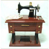 热销迷你音乐盒 缝纫机造型的音乐盒 电动缝纫机音乐盒  W