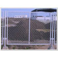钢板网防护网 菱形护栏网 大量供应全市最低 您值得进店购买