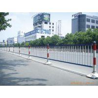 供应供应城市护栏网 城市护栏网价格 市政隔离栅 马路中央隔离网