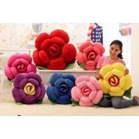 厂家批发直销 卡通玫瑰花抱枕靠垫坐垫 创意花形毛绒玩具 生日