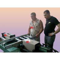 瑞威特梯子铆接机,多功能、折叠梯子铆接机,涨牙机,翻边机,爬梯加工设备