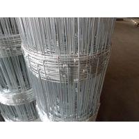 高强度镀锌铁丝 环扣型镀锌丝牛栏网编织及特点: (自动化机械生产)由镀锌环扣连接而成,