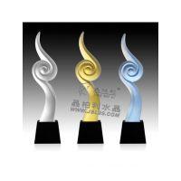 杭州琉璃水晶奖杯厂家 福州单位干部退休奖杯 单位职员退休纪念品 水晶奖杯供应商