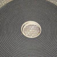 厂家专业生产阻燃海绵密封条 自粘海绵胶带 自粘高密度海绵胶带