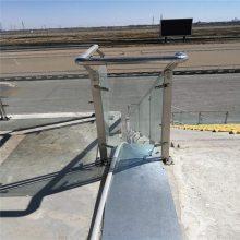 新云 厂家直销不锈钢楼梯扶手工程栏杆 不锈钢立柱