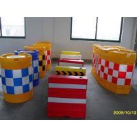北京滚塑水马防撞设施厂家批发直销 塑料防撞桶 塑料防撞墩