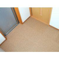 供应弹性好 无甲醛环保脚感舒适的软木地板 软木地垫生产厂家