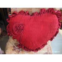 蕾丝婚庆抱枕 沙发床上两用心形玫瑰靠枕 限量特价供应1件起批