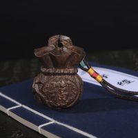 大量批发越南沉香木福钱袋木质工艺品挂件手把件文玩收藏厂家直销