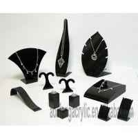 郑州国艺亚克力珠宝道具设计与制作专业设计珠宝道具与亚克力展柜
