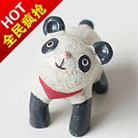 欧美外贸礼品 树脂工艺品摆件功夫熊猫 围巾礼品可定制LOGO 混批