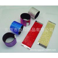 生产批发2014热卖金属磁扣手镯 30MM烫钻手镯 时尚满钻皮革手链