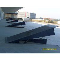 装卸车平台 液压登车桥 小型升降机 固定式升降平台 沈阳升降机