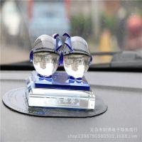 直销汽车用品 K9车载香水 汽车香水座 亲吻猪水晶香水座 汽车香水