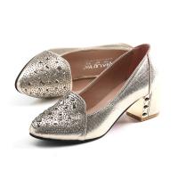 秋季新品尖头水钻单鞋 出口秋款粗跟套脚镶钻中跟女鞋