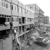 金桥办公室改建拆除,外高桥厂房设备拆除回收,浦东钢结构拆除,康桥承包厂房拆除