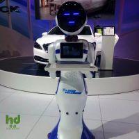 智能餐饮送餐服务3代机器人 语音对话讲解 无轨运行